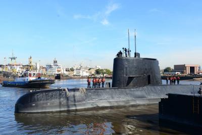 Sigue desaparecido un submarino argentino con 44 tripulantes