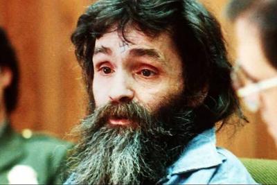 Murió Charles Manson, líder del famoso grupo de asesinos llamado 'La Familia Manson'