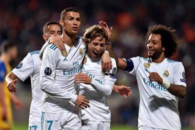 Real Madrid goleó 6-0 al Apoel y aseguró su pase a los octavos de la 'Champions'