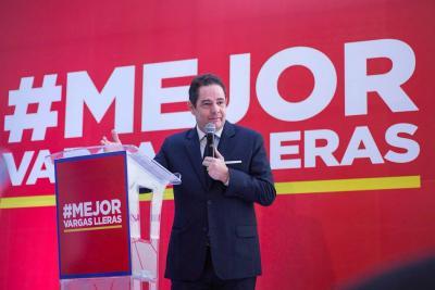 Vargas Lleras presentó su plan para mejorar la salud