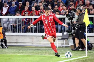 Así fue el desempeño de James Rodríguez en el triunfo del Bayern en Champions