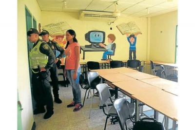 Ladrones saquean sala de informática en Barrancabermeja