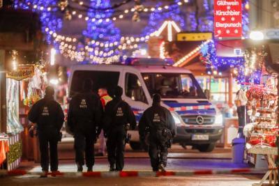 Paquete sospechoso desató alarma en un mercadillo navideño en Alemania