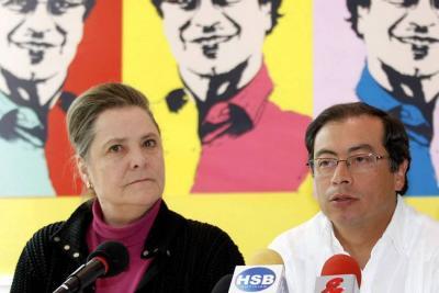 Clara López y Gustavo Petro se alían para las elecciones de 2018