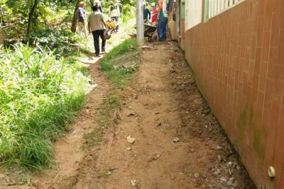 Más de 100 metros cuadrados de vía se arreglan en Caracolí