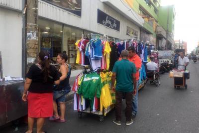 Ventas informales invadieron las calles de Bucaramanga