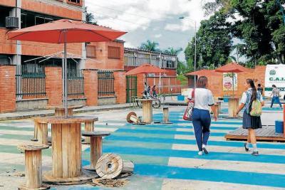 Urbanismo táctico abandonado en Bucaramanga