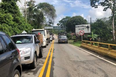 Tras derrumbes, habilitan la vía entre Bucaramanga y Barrancabermeja