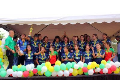 Equipo de fútbol de mujeres ganó el título en el municipal masculino de Bucaramanga