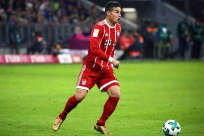 Con James la mitad del partido, Bayern venció a Colonia y mantiene el liderato