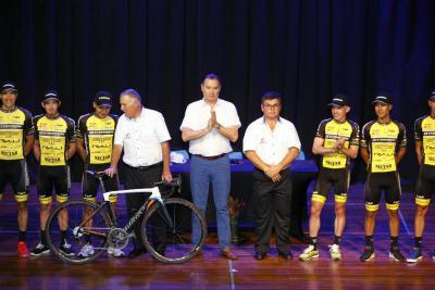 Tres santandereanos correrán la Vuelta a Costa Rica 2017