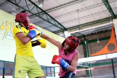 Boxeo comunitario se subió al ring en Bucaramanga
