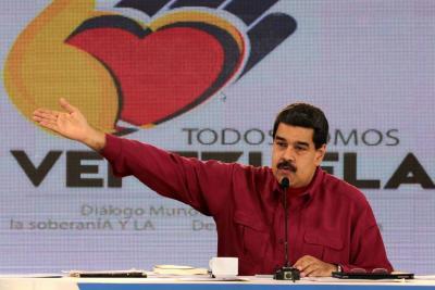 """Maduro culpa a EE. UU. y Canadá de """"socavar"""" diálogo en Venezuela"""