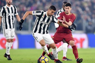 Juventus cortó la racha de Roma y mantiene pulso con el líder Nápoles