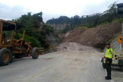 En duda apertura de vía Bucaramanga - Barrancabermeja por nuevo movimiento de tierra