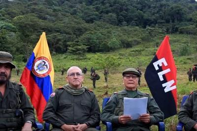 Eln se mantendrá en mesa de diálogos así pare el cese al fuego: Gabino