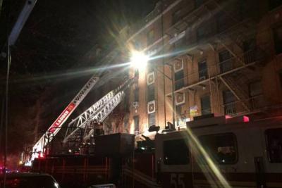 Al menos doce muertos en incendio en Nueva York