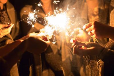 Ya son 440 lesionados por pólvora tras noche de Año Nuevo en Colombia