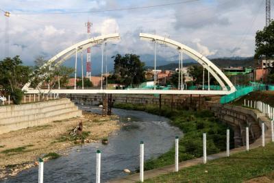 Puente San Jorge en Girón ya toma forma
