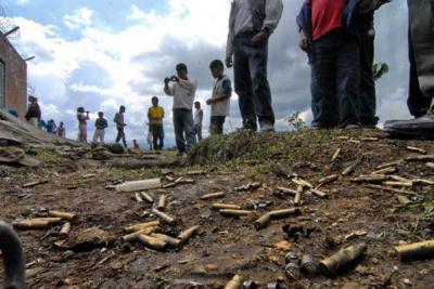 Van siete muertos tras enfrentamientos entre grupos armados ilegales en Cauca