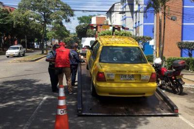 199 taxis y 82 buses fueron inmovilizados durante 2017 en Bucaramanga