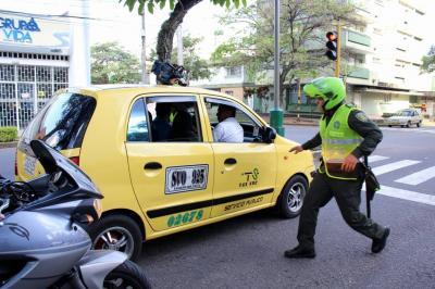 Red de apoyo de taxis permitirá reacción más rápida de la Policía en Bucaramanga