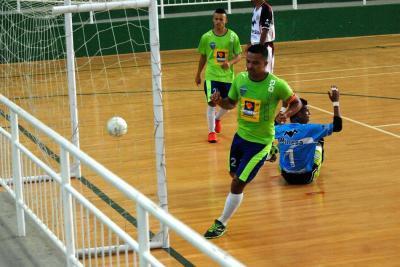 Categoría libre abrió el telón con goleadas en el Torneo de Futsal de La Marte