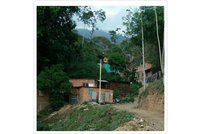 Balcones de Carrizal  sobrevive con poca agua