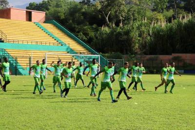 """Buscamos dos atacantes y un defensor para el Atlético Bucaramanga"": Óscar Upegui"