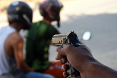 Hurto en San Pablo dejó 2 heridos a bala