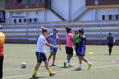 Cuatro venezolanas buscan la gloria con el Atlético Bucaramanga