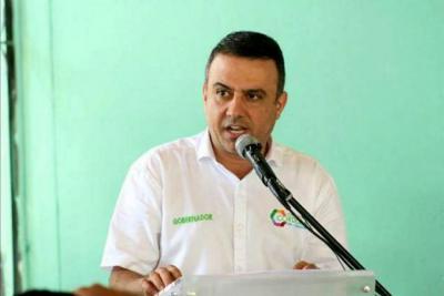 Imputarán cargos al gobernador de Córdoba por 'cartel de la hemofilia'