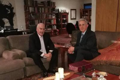 Uribe pide que Ordóñez participe en consulta del No