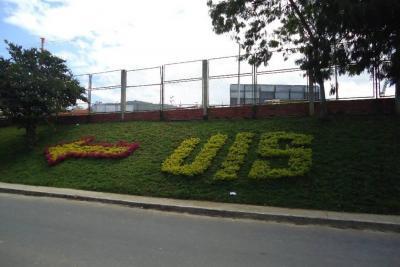 Estudian cambio vial sobre la carrera 30 en inmediaciones del campus UIS