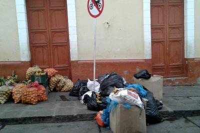Vendedores que abandonen residuos serán sancionados
