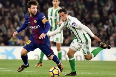 Barcelona acelera; Real Madrid arranca
