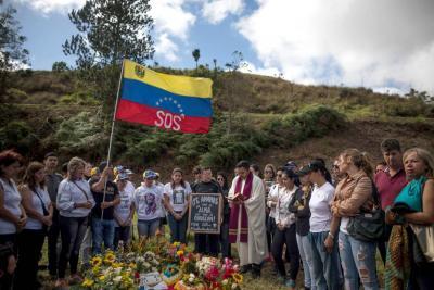 Gobierno venezolano sepultó a Óscar Pérez