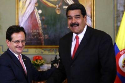 Trasladan embajador Lozano a Costa Rica