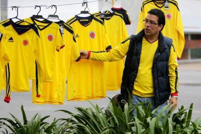 Camisetas y televisores, lo que más comprarán los colombianos de cara a Rusia 2018