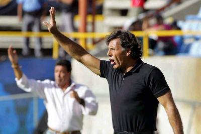 Los entrenadores extranjeros se toman el fútbol nacional