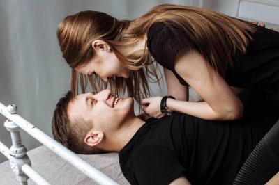 Su pareja lo critica: ¿cómo ser un buen novio?