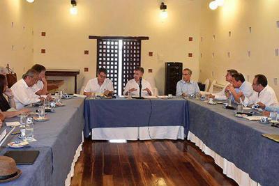 Eln pide al Gobierno seguir con los diálogos en Quito