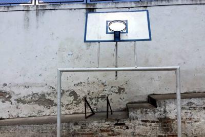 Escenarios deportivos en mal estado ocasionan inseguridad en la ciudad