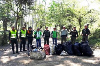 Exitosa jornada de limpieza en Simacota