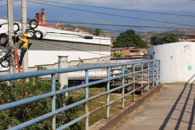Se arregló alumbrado público en el puente El Palenque tras quejas