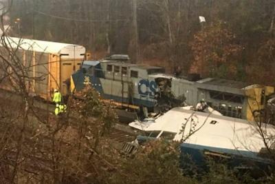 Al menos dos muertos y 70 heridos por choque de tren que viajaba de Nueva York a Miami