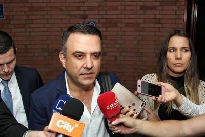 Gobernador de Córdoba Edwin Besaile es interrogado en la Fiscalía