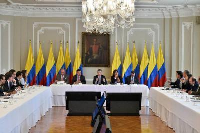 Parlamento venezolano pide a Santos reunirse en la frontera
