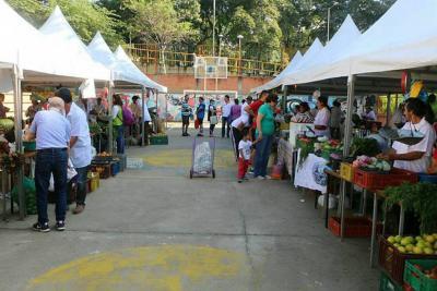 Desde el domingo vuelven los mercados campesinos