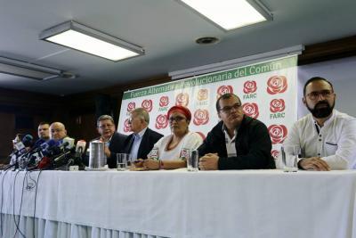 Candidatos presidenciales validan protestas pero sin violencia
